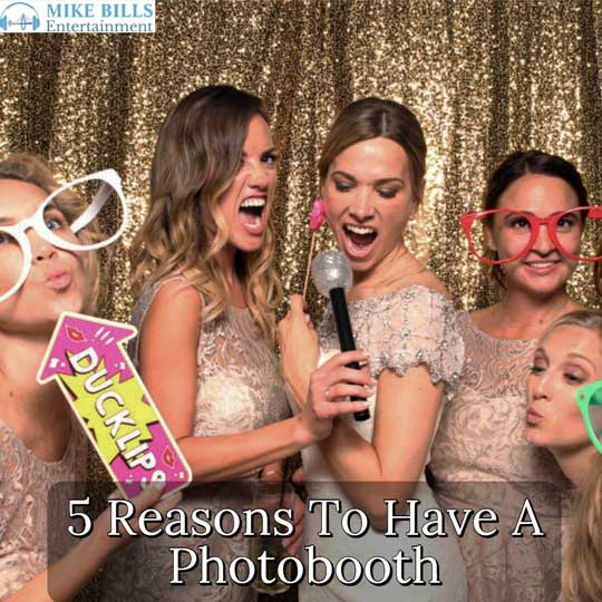 5 Reasons To Have A Charleston Photobooth